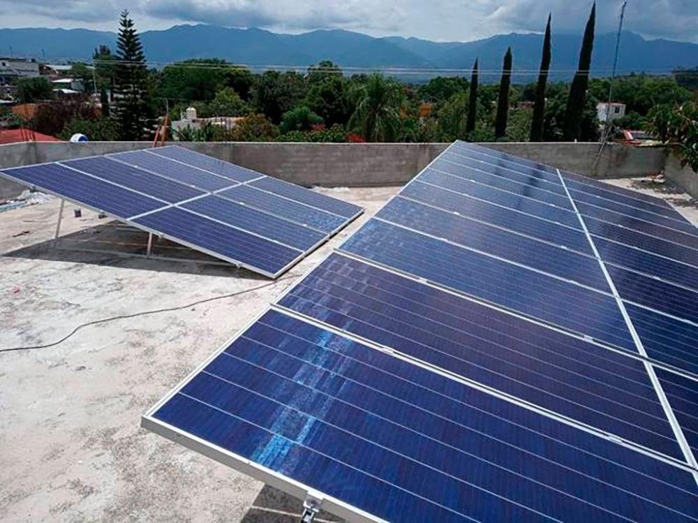 Minisuper La Regional San Andrés Zautla, Oax. 11.2 kW Instalados En San Andrés Zautla, Oaxaca Módulos SunPower Inversor SMA Tarifa PDBT